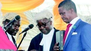 Rais wa Zambia Edgar Lungu akiapishwa kuwa rais wa Zambia