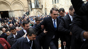 O presidente Jair Bolsonaro na Igreja do Santo Sepulcro, na Cidade Velha de Jerusalém, em 1º de abril de 2019.
