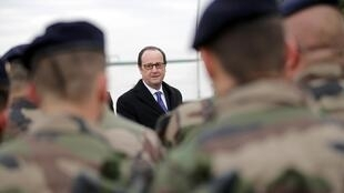 O presidente francês François Hollande no Iraque