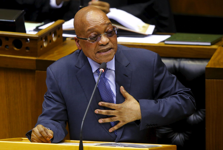 Presidente sul-africano, Jacob Zuma, usou recursos públicos para pagar reforma de casa, incluindo instalação de uma piscina.