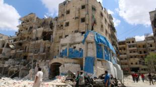 El hospital Al-Qods destruido por los bombardeos, el 28 de abril de 2016 en una zona controlada por los rebeldes en Alepo.