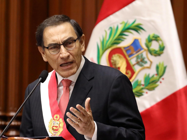 El presidente Martín Vizcarra presionó al presionó al Congreso con una moción de confianza amarrada a la aprobación de estas reformas.