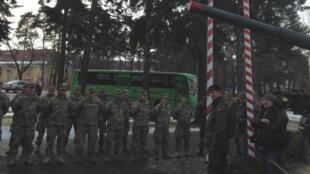 Les militaires américains accueillis en fanfare à Zagan, à la frontière allemande.
