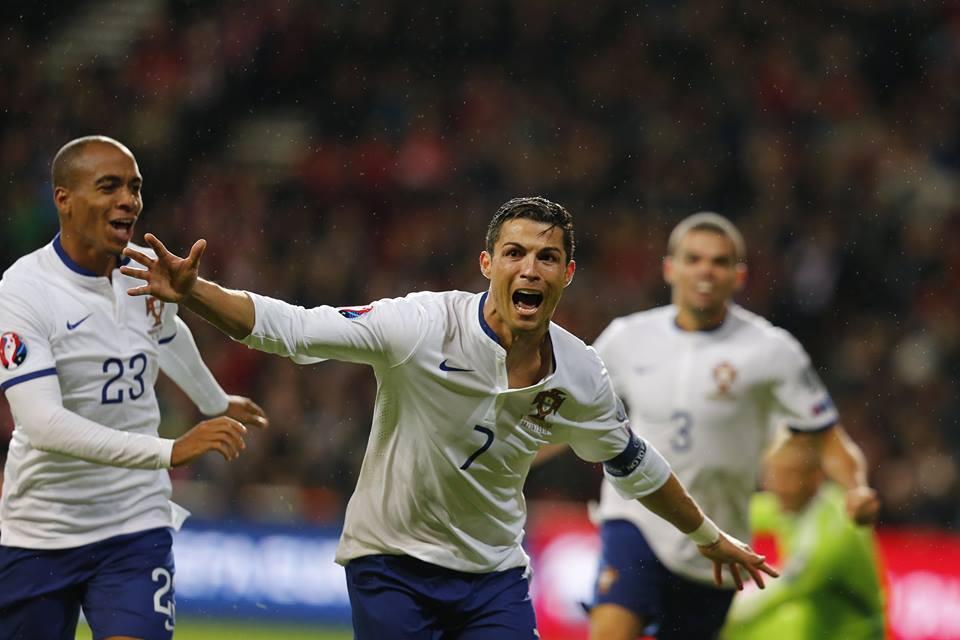 Mais um prêmio para Cristiano Ronaldo, o de melhor jogador português do século.