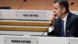 El exdirector financiero y exsecretario general adjunto de la FIFA Markus Kattner, participa de un congreso extraordinario de FIFA, el 26 de febrero de 2016 en Zúrich