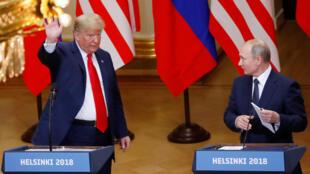 Shugaban Amurka Donald Trump da takwaransa na Rasha Vladimir Putin bayan ganawarsu a birnin Helsinki, na kasar Finland. 16 ga watan Yuli, 2018.