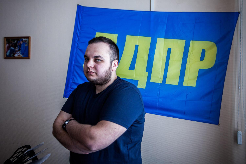 Артем Шепелев попал в молодежное отделение ЛДПР в 14 лет. Сейчас ему 19, и в воскресенье он впервые пойдет на избирательный участок.