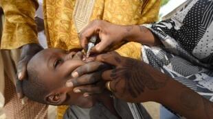 Jami'ai yayin bada allurar rigakafin cutar polio a Najeriya