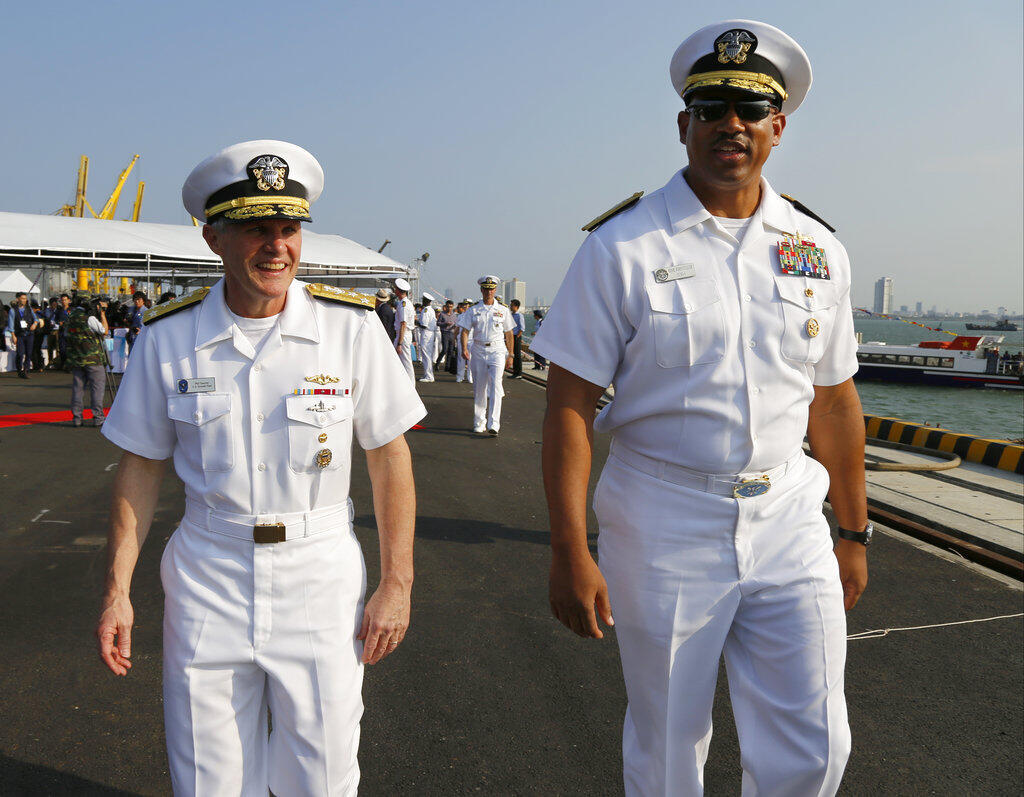 Vietnam - Da Nang - US - USS Carl Vinson
