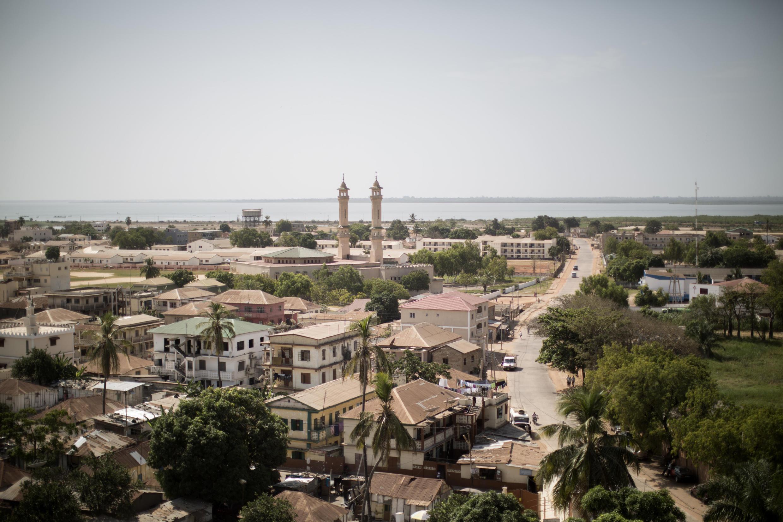 Une vue aérienne de Banjul, la capitale de la Gambie.