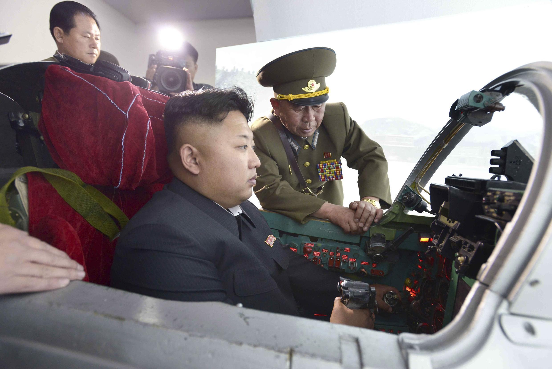 Phải chăng Bình Nhưỡng đã chế tạo được chiến hạm chở trực thăng?