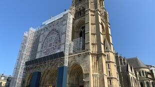 Catedral medieval de Saint-Gervais-Saint-Protais Soissons