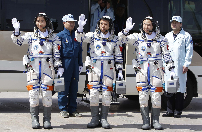 Trung Quốc còn có tham vọng đưa người lên Mặt trăng sau năm 2025.