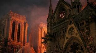L'incendie de Notre-Dame de Paris, le 15 avril 2019.