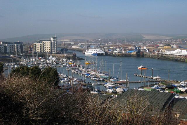 Bến cảng Newhaven, Anh Quốc.