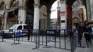 Турецкая полиция в Стамбуле, март 2016
