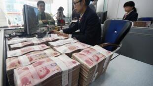 中國讓歐洲明白:要在人民幣問題上和中國合作。