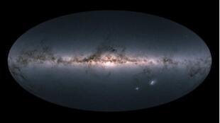 Звездное небо, отсканированное аппаратурой европейского спутника GAIA.