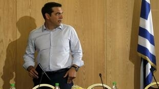 Alexis Tsipras anaonekana mdhaifu kutokana na kundi la zaidi ya wabunge arobaini kutoka Syriza.