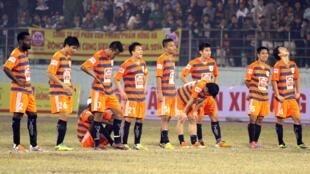 Cậu lạc bộ Vissai Ninh Bình đã phải giải thể giữa mùa giải 2014 vì hàng loạt cầu thủ dính vào nghi án bán độ.