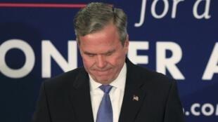 Ứng viên đảng Cộng Hòa trong cuộc đua sơ bộ cuộc bầu cử tổng thống Mỹ, Jeb Bush, về thứ tư tại bang Nam Carolina, đã tuyên bố bỏ cuộc, ngày 20/02/2016.