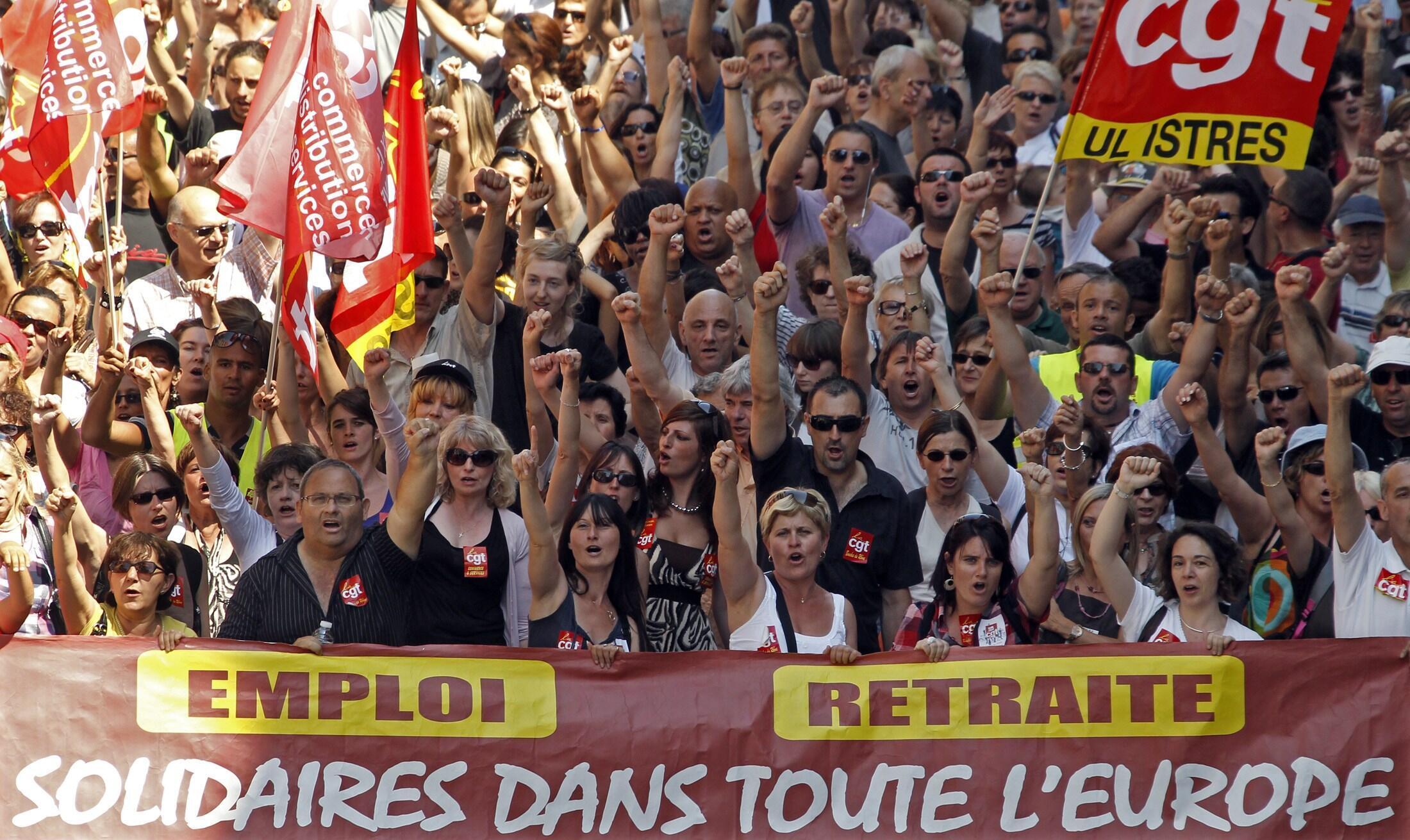 Biểu tình chống cải cách hưu trí tại Marseilles ngày 24/6/10.