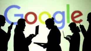消息指谷歌为中国做了一个审查版搜索引擎,引发担忧。