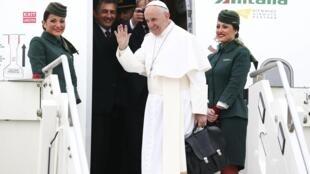 El Papa emprende un delicado viaje por Oriente Medio.