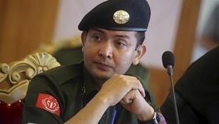 Một sĩ quan Quân đội Arakan, Miến Điện
