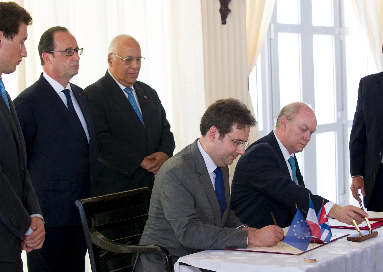 El presidente Hollande asistió a un encuentro de industriales franceses con sus colegas cubanos, La Habana, 11 de mayo de 2015.