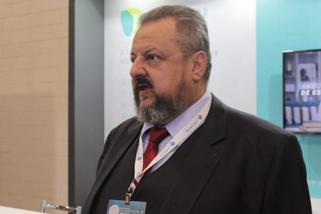 O cardiologista brasileiro Carlos Camargo, pioneiro da Telemedicina no Brasil