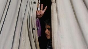 Dans un camp de réfugiés syriens, au Liban, non loin de la frontière.