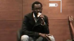Le rappeur angolais MCK lors de la promotion de son album via le site Platina Line, à Lisbonne.