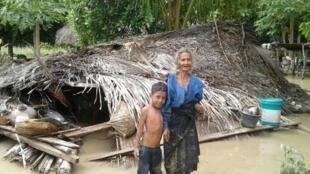 Enchentes provocadas por tempestades provocaram mortes e destruição em Timor Leste e Indonésia (5/4/21).