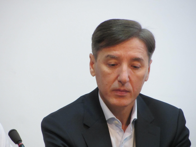 Булат Абилов лидер партии Азат