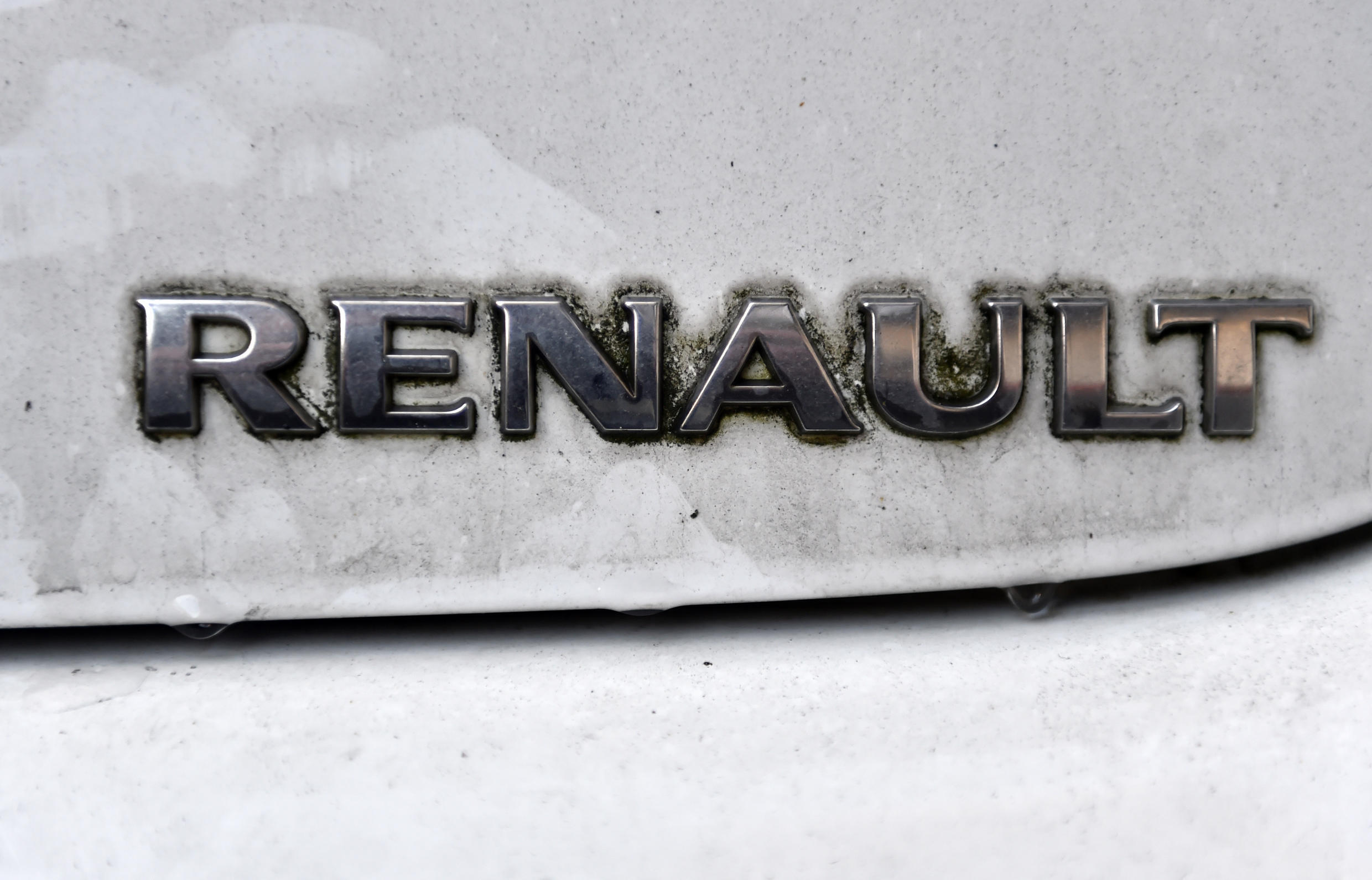 According to a fraud squad report seen by AFP, investigators found discrepancies of up to 377 percent between emissions from Renault vehicles during tests, and results from actual on-the-road use by consumers