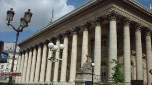 Bolsa de Paris registrou pior cotação desde abril de 2009.