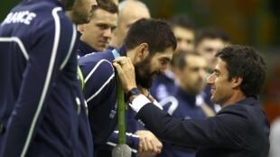 Pour une fois, Nikola Karabatic et ses coéquipiers doivent se contenter de la médaille d'argent.