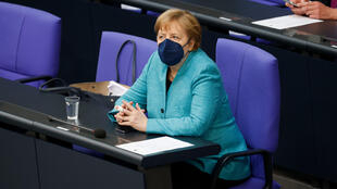 La canciller alemana Angela Merkel en el parlamento, en Berlín, el 19 de mayo de 2021