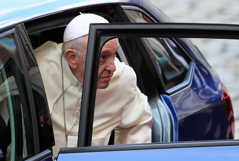 Папа римский Франциск в последний раз извинялся за сексуальное насилие со стороны священников в ходе визита в Ирландию. На фото: Дублин. 25.08.2018