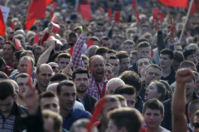Manifestation dans les rues de Pristina, au Kosovo, le 17 février 2016, jour anniversaire de l'indépendance du pays.