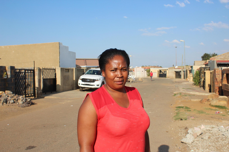 Ntabiseng Khoza, 35 ans, femme au foyer, mère de deux enfants