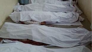 روز شنبه ١٨ نوامبر/٢٧ آبان، پنج جسد در شهرستان کیچ پاکستان، در نزدیکی مرز ایران پیدا شد. مسئولان محلی گفتند که این پنج نفر دو روز قبل با گلوله کشته شدهاند.