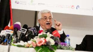 Le président Mahmoud Abbas annulera sa participation au sommet des non-alignés si le Hamas y va.