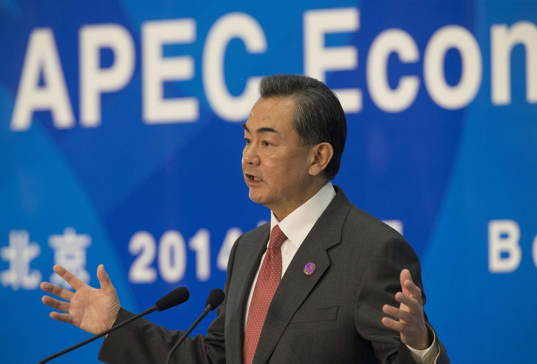 Le ministre chinois des Affaires étrangères Wang Yi, lors des travaux préparatoires au sommet du Forum de coopération économique de l4Asie-Pacifique (Apec), à Pékin, le 8 novembre 2014.