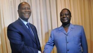 Alassane Ouattara et Henri Konan Bédié en novembre 2012.