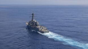 """美國海軍""""拉斐爾·佩拉爾塔""""號驅逐艦資料圖片"""