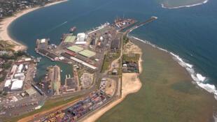 Le «Flying» est toujours amarré au port de Tamatave, dans l'est de Madagascar, en attendant le verdict prévu pour le 18 septembre prochain.