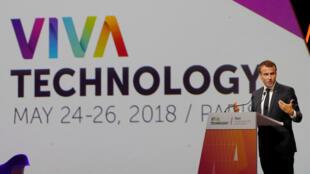 Le président français Emmanuel Macron s'adresse aux participants à la conférence technologique VivaTech à Paris, en France, le 24 mai 2018.