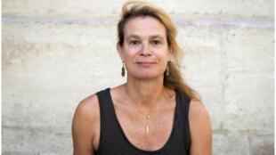 Portrait de l'écrivaine Véronique Le Goaziou.